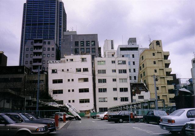 写真:阪神大震災の惨状(撮影:天野彰)