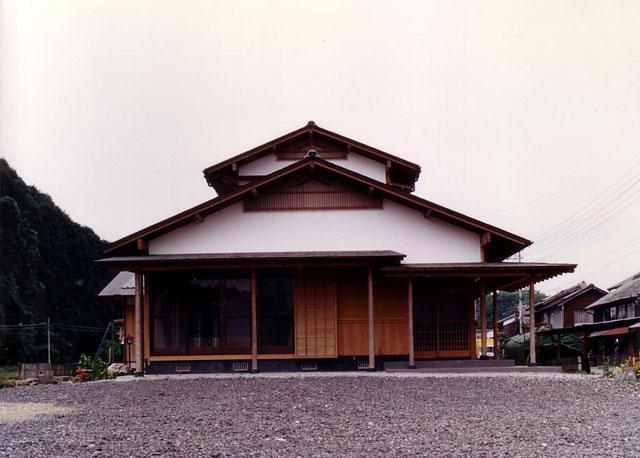 Y邸:風通しのよい傘の家