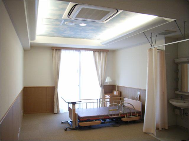 町田ミオファミリア筆者設計:療養室の目に優しい間接照明