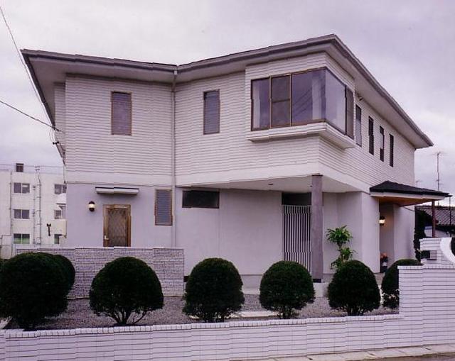 写真:「ひまわり」の家
