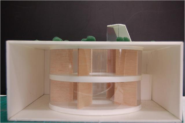 写真3:地下部分模型