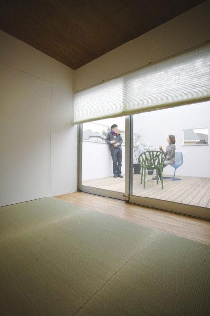 リビングテラスと吹き抜けが開放的な住まい in埼玉県川口市